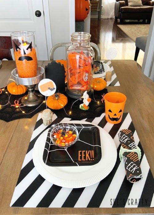 Halloween Table Decorations - Halloween place settings