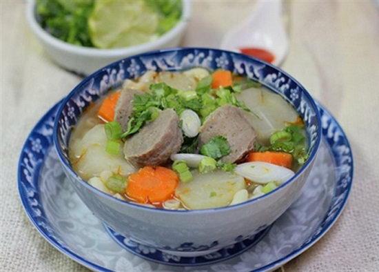 Cách nấu súp nui bò viên
