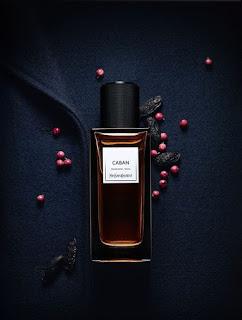 Pakai parfum agar menambah wangi tubuhmu
