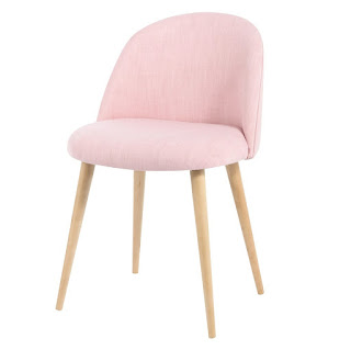 http://www.maisonsdumonde.com/FR/fr/produits/fiche/chaise-vintage-en-tissu-et-bouleau-massif-rose-mauricette-146306.htm