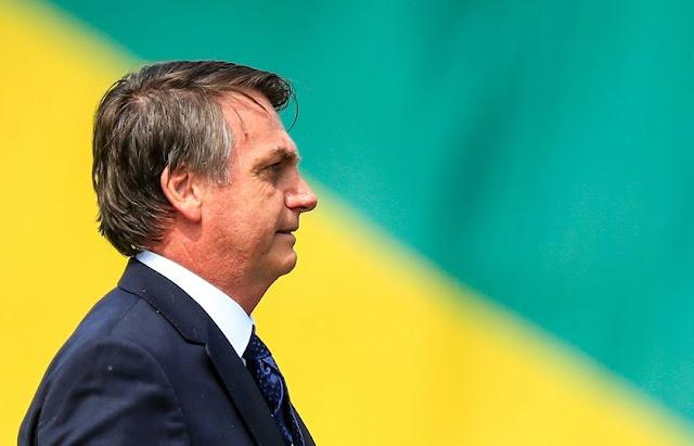 Bolsonaro anuncia ajuda de R$ 600 para trabalhadores informais