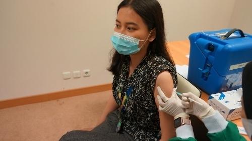 Heboh Vaksin Berbayar, PPP: Bermain di Atas Penderitaan Rakyat