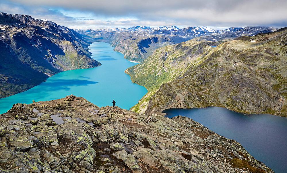 Восхождение на хребет Бессегген в Норвегии