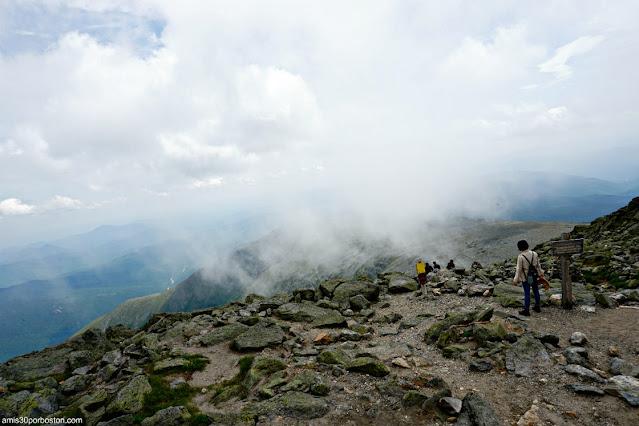 Senderos en la Cima de Mount Washington