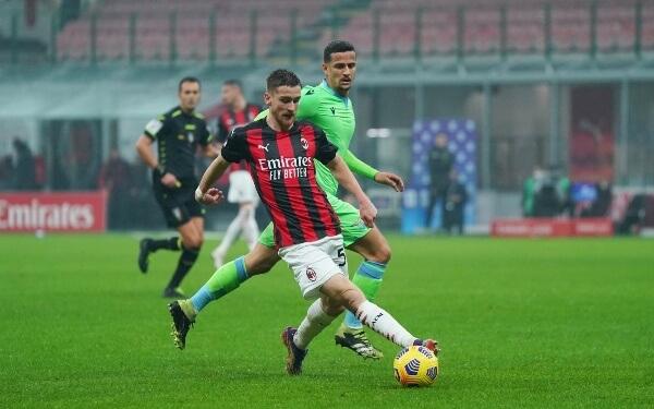ملخص واهداف مباراة ميلان ولاتسيو (3-2) في الدوري الايطالي