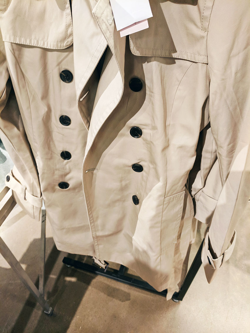 tanger outlets banana republic trenchcoat