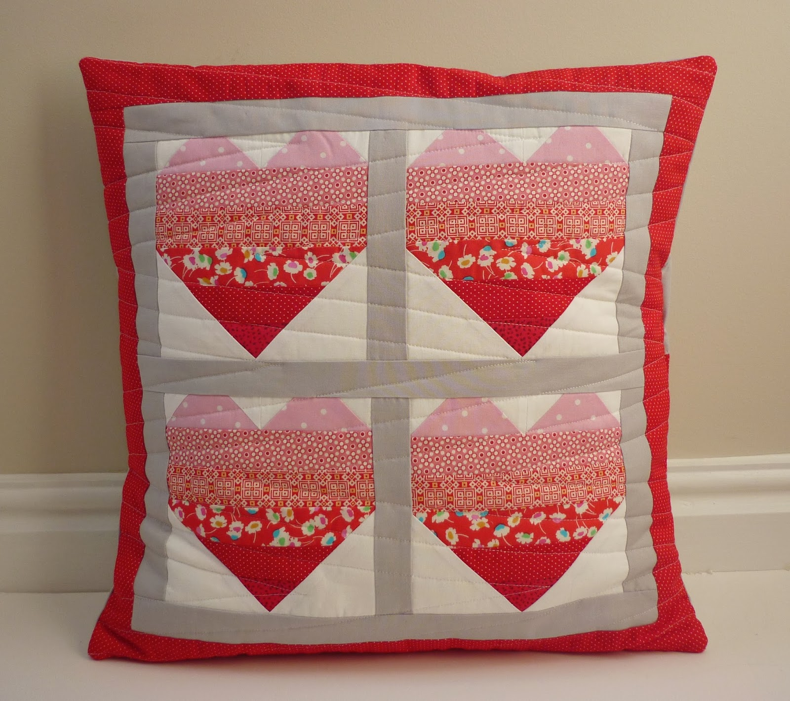 Mack and mabel quilt patterns quilted heart cushion tutorial orange peel cushion cover tutorial cushion cover has machine appliqud and quilted front and envelope back bankloansurffo Gallery