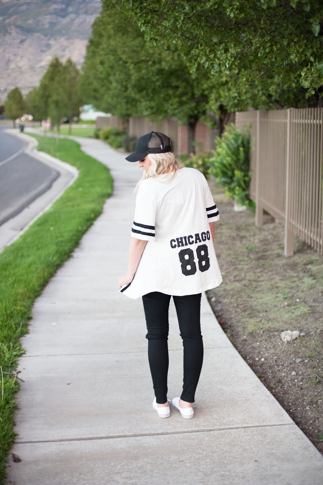 Chicago, Sporty Outfit, Modest Outfit