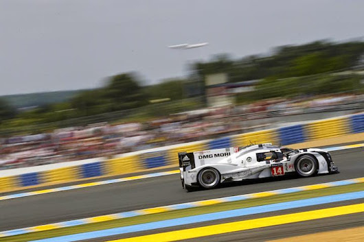 Porsche enters third 919 HYBRID LMP1 Race Car in 2015 Le Mans 24h Race