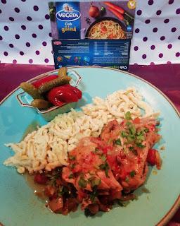 Articole culinare : Papricaș de pui cu găluște - la Slow cooker
