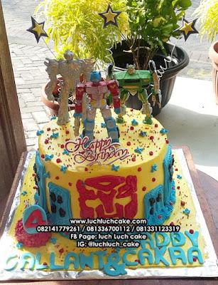 Transformer Dan Kawan-Kawan Ulang Tahun Cake