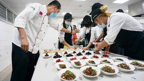 大葉大學餐旅系春遊美饌餐會 大三生一展所學獲讚譽