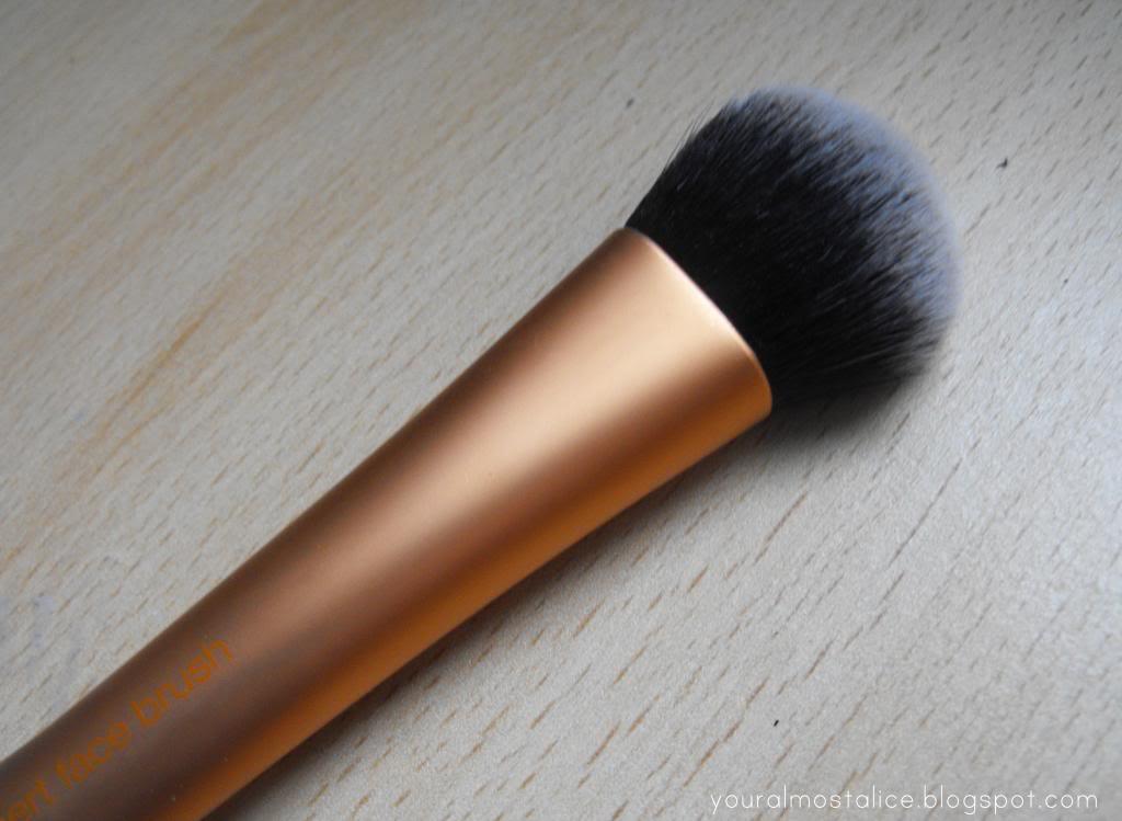 Real Techniques Expert Face Brush & Shading Brush