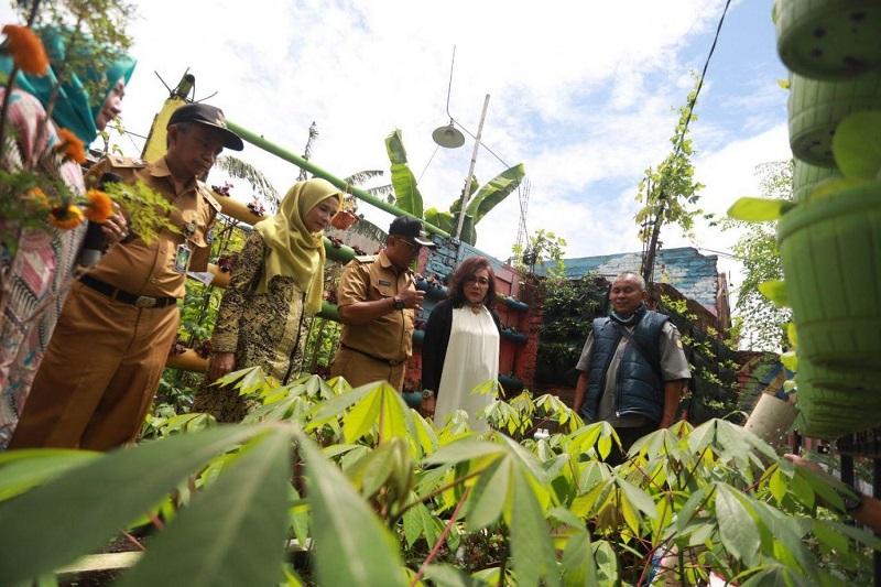 Istri Kementerian Bakal Ajak Iriana Jokowi Panen di Karasak