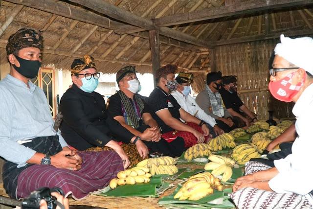 Masyarakat Adat Sasak panjatkan doa tolak bala