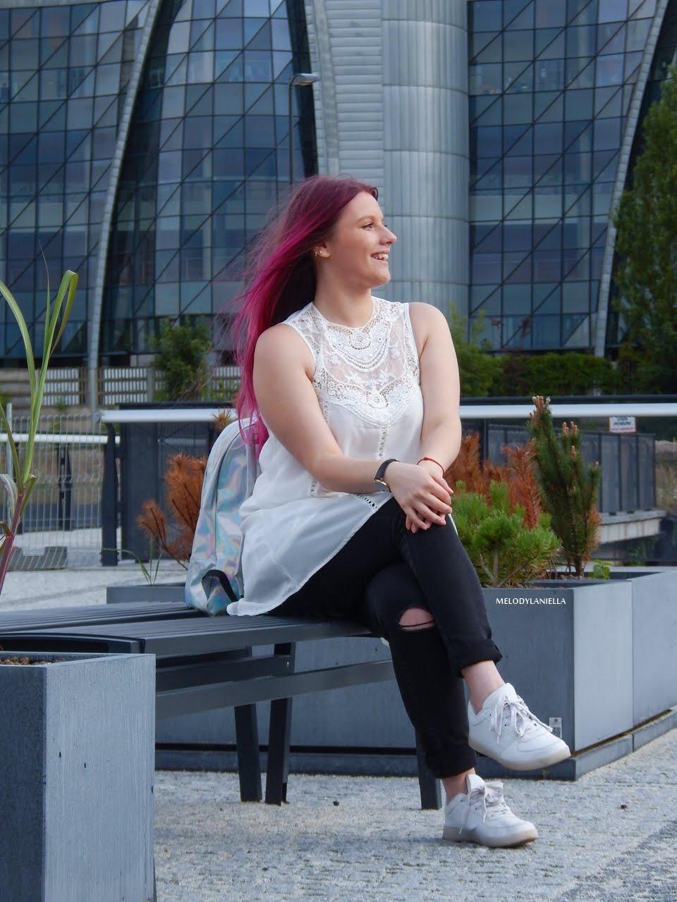 16 holograficzny plecak betterlook.pl farby venita różowe włosy jak pofarbować włosy kolorowe włosy ombre pink hair paul rich watches zegarek czarne jeansy z dziurami modna polka lookbook
