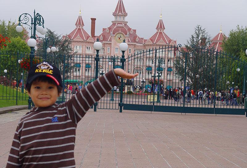 Going back to Disneyland Paris 3