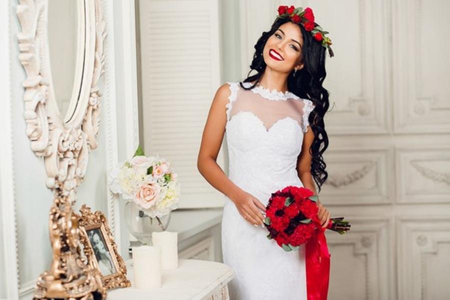 Maquiagem da noiva para casamento vermelho e branco