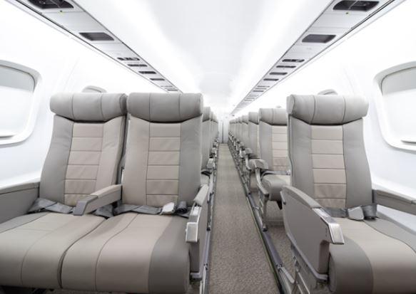 Embraer ERJ-135 interior