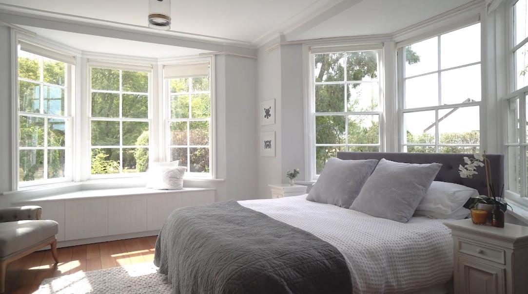 23 Interior Design Photos vs. 113 Jellicoe St, Martinborough Luxury Home Tour
