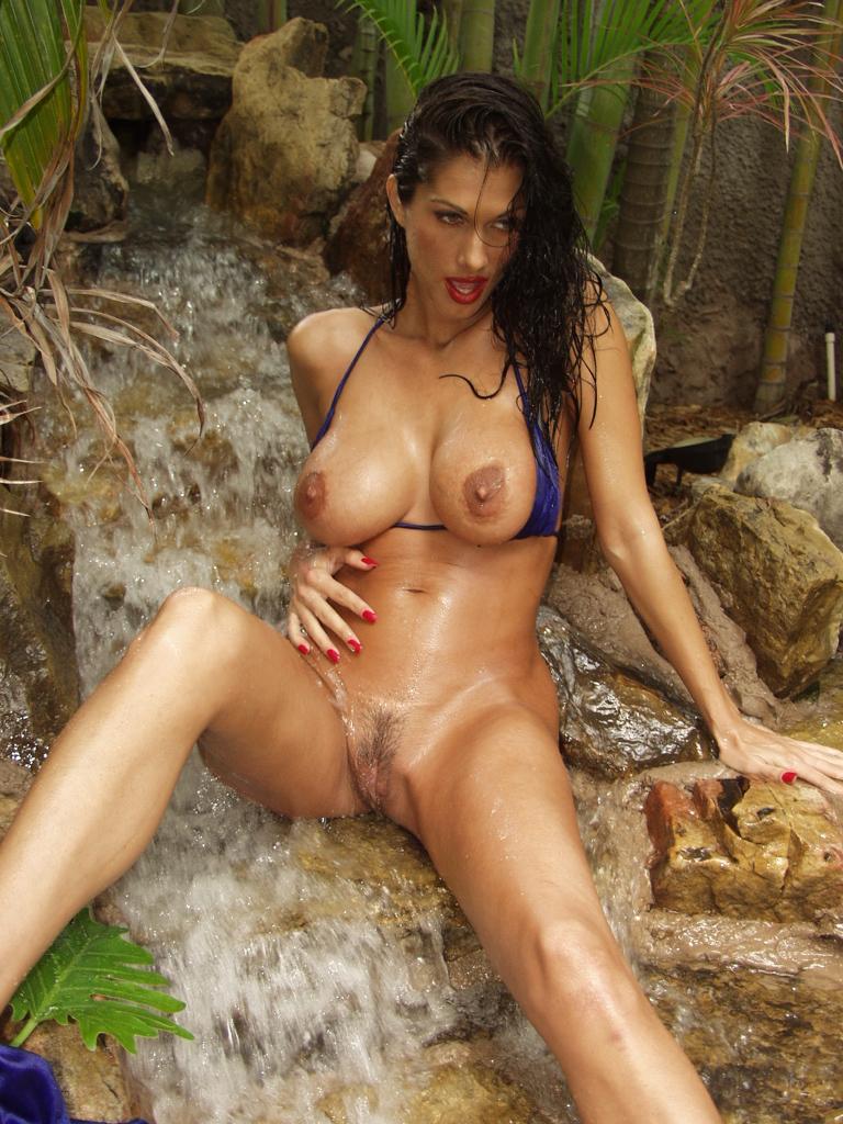 Cristina Leardini Nude 20