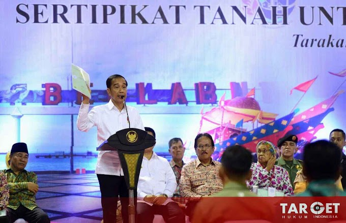 Presiden Joko Widodo Serahkan Seribu Sertifikat Hak Atas Tanah Untuk Rakyat di Kalimantan Utara