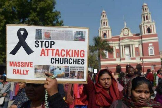 India prepara genocidio di cristiani, USA e UE si concentrano sulla Cina