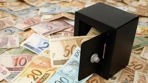 Lista revela supostos supersalários acima de R$ 104 mil na prefeitura de Porto Velho