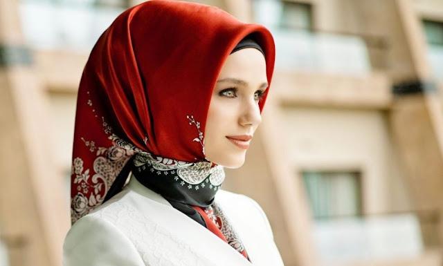 model jilbab untuk wajah lonjong