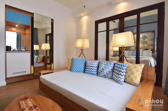 LIST OF BORACAY RESORTS AND HOTELS
