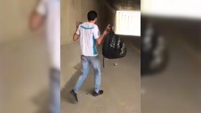 Berdalih Cuma Bercanda, Polisi Israel Sengaja Tembak Pemuda Palestina