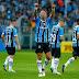 Copa do Brasil: Grêmio, com dois gols de Lucas Barrios, aplica goleada no Atlético