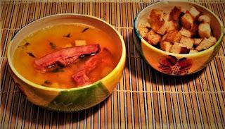 Гороховый суп с копчеными рёбрами