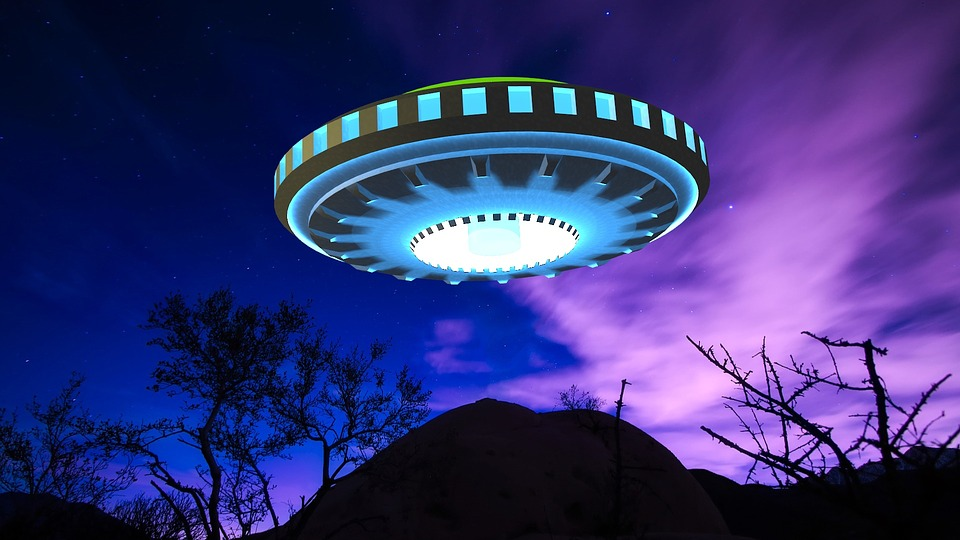 UFO / Aliens / Space / Planets / 70s Scifi Art - cover