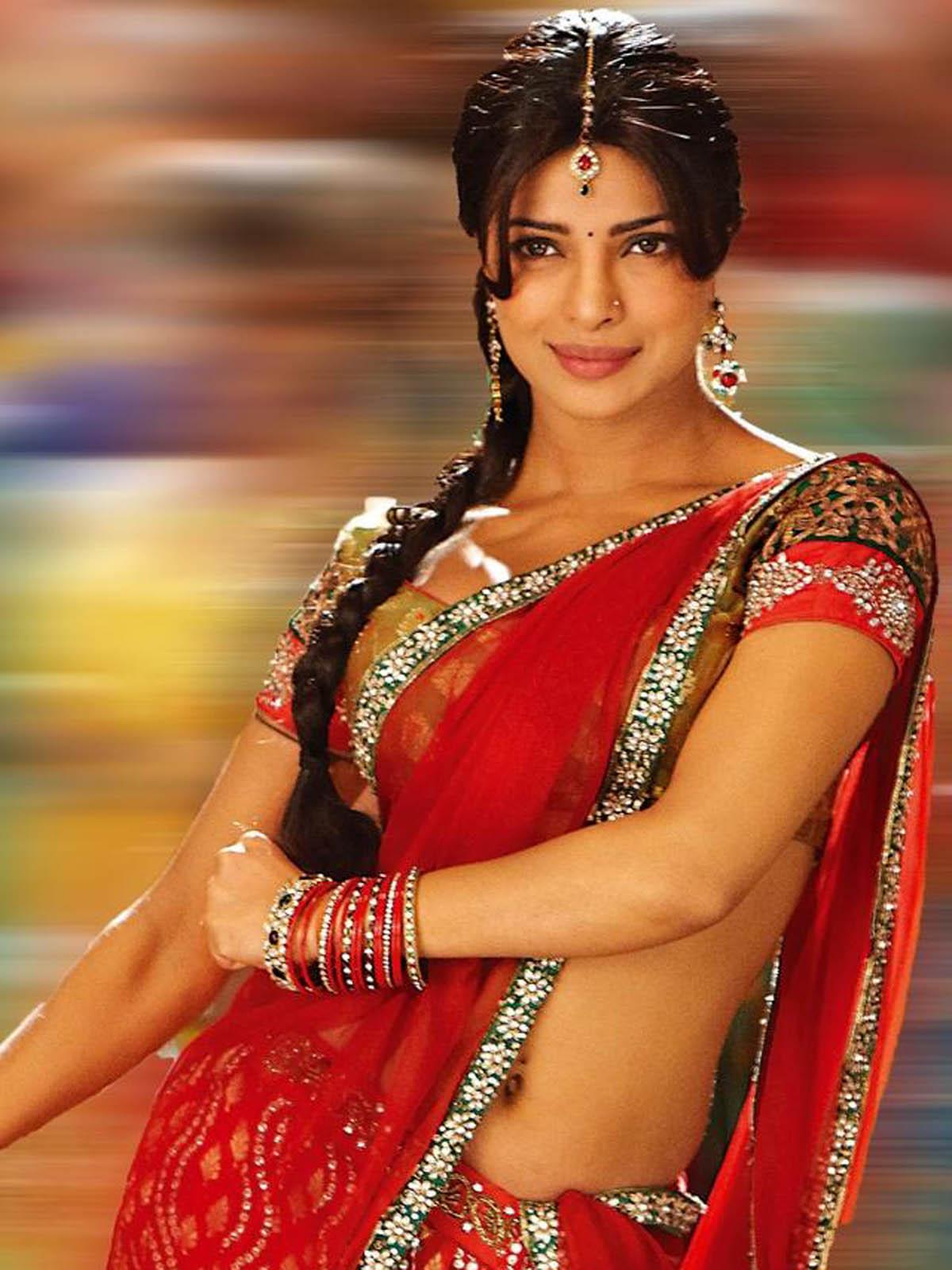Hot Desi Curves Priyanka Chopra Hottest Stills And Hd -7962