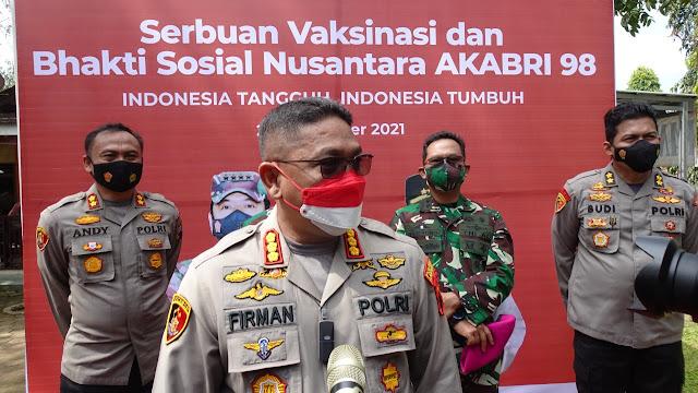 Alumni AKABRI 98 Gelar Bakti Sosial Dan Vaksinasi Massal di Wilayah Banyumas
