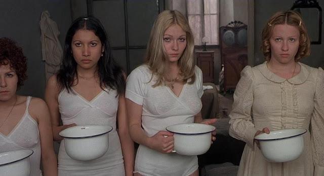 10 أفلام جريئة و مثيرة للجدل بأفكار غريبة و مشاهد مرعبة ... فهل تستطيع مشاهدتها للأخير ؟
