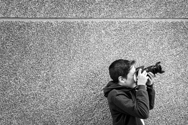 mi hijo en una de nuestras salidas fotográficas