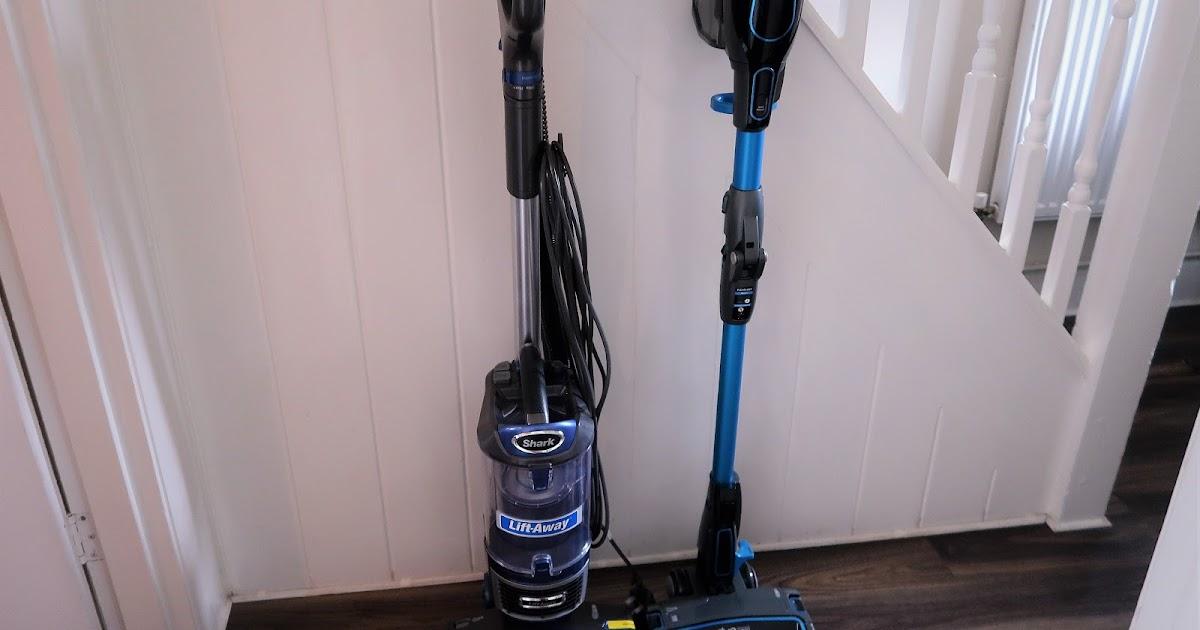 shark nv601if200uk bagless vacuum cleaner cordless. Black Bedroom Furniture Sets. Home Design Ideas