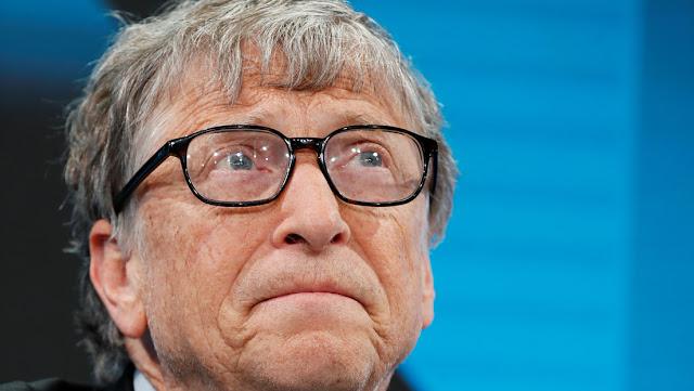 Bill Gates se compra su primer auto eléctrico y Elon Musk no se muestra impresionado