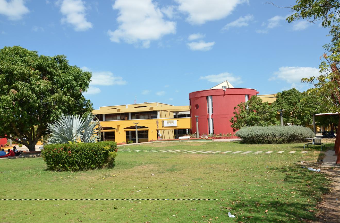 hoyennoticia.com, Buses eléctricos en la mira de Uniguajira