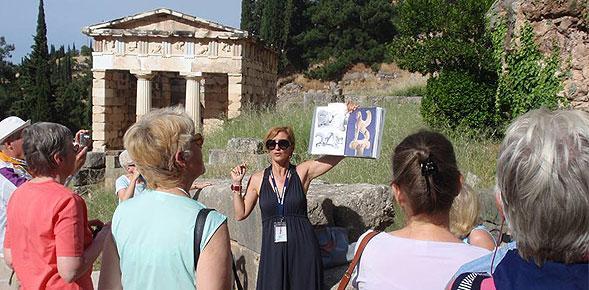 Να λειτουργήσει σχολή ξεναγών στην Περιφέρεια Πελοποννήσου ζητάει ο Π. Νίκας