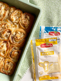 holiday turkey & cheese party rolls #OurFamilyCheese #ad