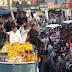 राहुल गाँधी का जबलपुर में रोड शो- खुली गाडी में कमलनाथ,सिंधिया रहे साथ