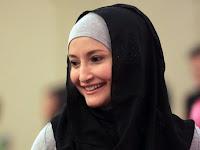 Tobat, 10 Mantan Model Panas ini Sekarang Cantik Menawan Dengan Hijab