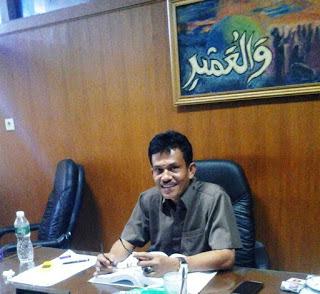 Ketua Pansus DPRD Kota Padang Helmi Moesim,Menyampaikan Hasil Pembahasan