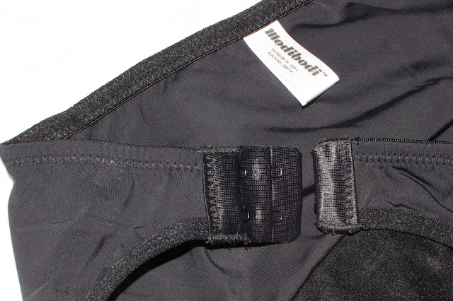 close up of the opening on the Modibodi detachable side opening period pants