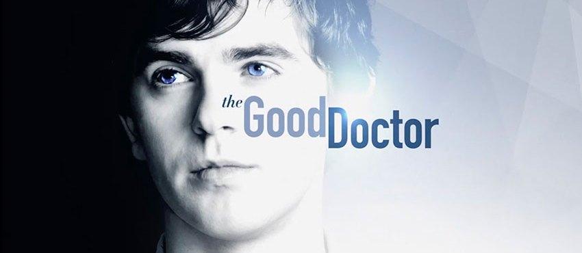 Com apenas 4 episódios, The Good Doctor é um remake americano de um kdrama (ou Korea Drama) de muito sucesso na Asia que vem conquistando o publico de maneira avassaladora. A prova disso é que na ultima semana a serie foi o programa mais assistido da ABC (sim, ABC é quem passa Greys Anatomy) e já é tida como a principal aposta da emissora, que alimenta a expectativa de em breve o show ser a série medica mais assistida da TV Americana.