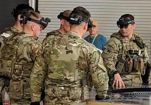 microsoft headset berbasis HoloLens