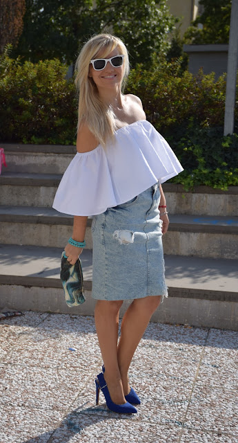 white shirt how to wear white shirt how to combine white shirt september outfit summer blogger outfit mariafelicia magno fashion blogger italian fashion bloggers web influencer italy